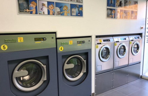 LAVERIE DU VILLAGE PRINGY - Lave-linge derni�re g�n�ration MIELE BENCHMARK